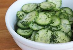 Since they're comprised of 95 percent water, cucumbers have a natural diuretic property which helps your body reduce water retention and beat bloat. Serve yours up in this sweet and sour cucumber salad, one of our all-time favorite Summer sides. Cucumber Detox Water, Cucumber Salad, Sweet And Sour Recipes, Easter Side Dishes, Water Retention Remedies, Natural Diuretic, Popsugar Food, Fresh Dill, Healthy Soup Recipes