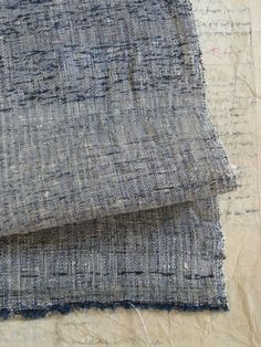 shifu : japanese cloth woven of cotton and paper fibres