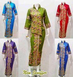 Batik Bagoes Solo: Baju Batik Wanita Seri New Jenifer Myanmar Traditional Dress, Traditional Dresses, Batik Fashion, Batik Dress, Thai Style, High End Fashion, Kebaya, Ankara Styles, Dress Patterns