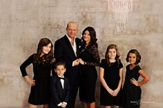 ideas for family portraits in formal clothing | Best Family Portraits in Seattle | Holiday Formal with Sophisticated ...