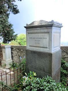 Capri. Grave Jacques d'Adelswärd-Fersen.