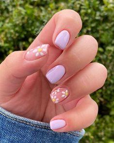 Nail Art Cute, Cute Gel Nails, Pretty Nails, Beautiful Nail Art, Daisy Nail Art, Daisy Nails, Short Square Acrylic Nails, Best Acrylic Nails, Short Square Nails