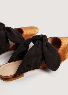 Knot velvet shoes