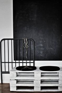 Blackboard walls   pallet benchens {Chalkboard weekend - Part three}