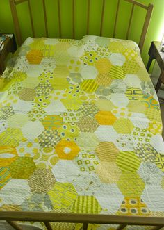 YIP 365.299 :: Honeycomb Hexagon quilt from Fresh Quilting by stitchindye, via Flickr