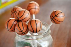 Who doesn't love cake pops? These Basketball Cake Pops are especially amazing! Basketball Cake Pops, Basketball Baby Shower, Basketball Party, Basketball Birthday, Basketball Stuff, College Basketball, Mini Cakes, Cupcake Cakes, Cake Cookies