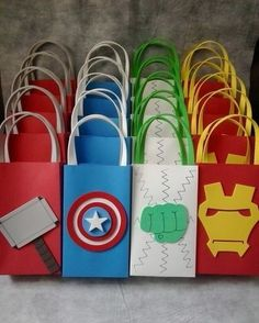 Inspire your Party ® Superhero Birthday Party, 6th Birthday Parties, Birthday Party Decorations, 3rd Birthday, Party Themes, Avengers Birthday Parties, Super Hero Birthday, Party Ideas, Birthday Ideas