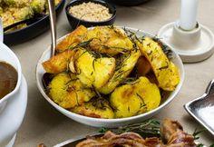 Tökéletes sült burgonya Potato Recipes, Chicken Wings, Cauliflower, Feta, Shrimp, Bacon, Food And Drink, Turkey, Potatoes