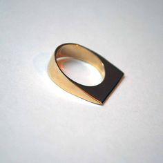 Slanted Edge Ring
