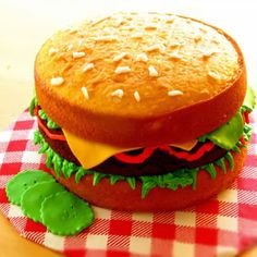 ideas for cupcakes easy decoration kids cake tutorial Cheeseburger Cake, National Cheeseburger Day, Hamburger Cake, Cakes For Boys, Easy Cakes For Kids, Cake Kids, Diy Cake, Round Cakes, Cake Tutorial