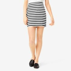 Side-Slit Mini Skirt in Black Wide Stripe