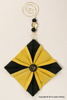 Everyday Artist: Fabric Origami - The Prettiest Ornaments On the Tree!