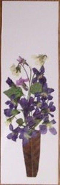 bookmark, pressed flowers, handmade, diy Flower Preservation, Natural Things, How To Preserve Flowers, Leaf Art, Flower Cards, Dried Flowers, Bookmarks, Crafting, Leaves