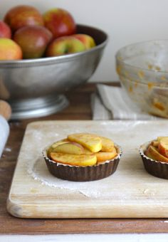 Brown Petite Tart Pans - Everyday Occasions