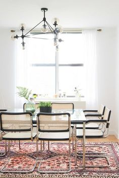 Where we dine are some of the most important spaces in our homes. Whether they are smaller kitchen nooks or larger dining rooms these spaces are for gathering, refueling and good conversation. I love creating beautiful dining spaces and have been pinningfor upcoming projects with these rooms in mind. One of the my favorite trends, …