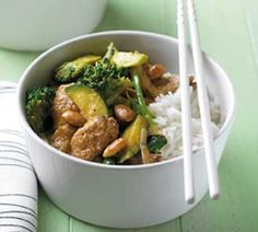 Pork, broccoli and almond stir-fry. Another brilliant almond stir fry is using instant french onion soup, chicken and greens be it broccoli or snowpeas etc Pork Broccoli, Broccoli Stir Fry, Dog Food Recipes, Cooking Recipes, Healthy Recipes, Savoury Recipes, Pork Strips, Pork Stir Fry, Fried Pork