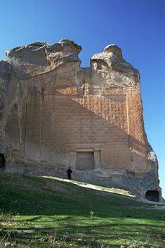 The Stargate Gateway of Midas City Turkey Connected to Mt Meru Stargate/Gateway in Peru?, page 1
