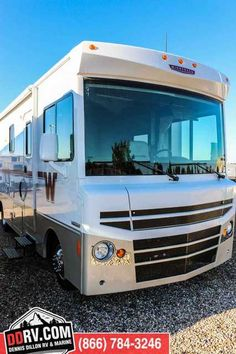 Advantages Of Owning Motor Homes And Travel Trailers – The RV Source Vintage Campers Trailers, Rv Campers, Camper Trailers, Rv Accessories, Caravans, Idaho, Motorhome, Recreational Vehicles, Beats