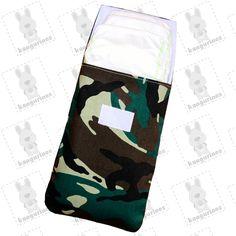 Bolsa porta pañales en camuflaje de estampado militar con capacidad de hasta 6 pañales. (PVP: 9,95 € + Gastos de envío)