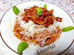 Salami spaghetti Paste, Ethnic Recipes, Food, Essen, Meals, Yemek, Eten