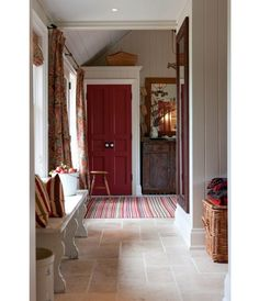 warm colours - Sarah Richardson Farmhouse Entry and Mudroom Sarah Richardson Farmhouse, Decoration Entree, Wood Plank Walls, Wood Paneling, My Living Room, Interiores Design, Mudroom, Porches, Sweet Home