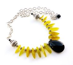 Black Yellow Gemstone Necklace - Gemstone Spike Jewelry - Yellow Black Beaded Necklace - Beadwork Jewelry - Onyx Pendant - Adjustable Length