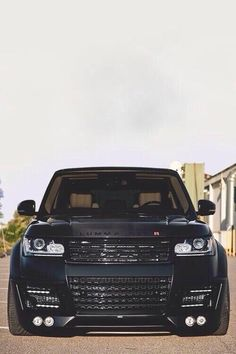 Black Range Rover its my byby Range Rover Svr, Range Rover Black, Suv Cars, Car Car, My Dream Car, Dream Cars, Dropped Trucks, Range Rover Supercharged, Mercedez Benz
