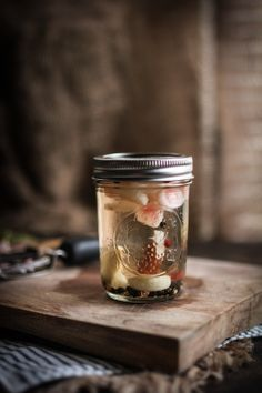 Adventures in Cooking: Pickled Radishes