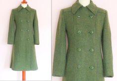 Hoi! Ik heb een geweldige listing op Etsy gevonden: https://www.etsy.com/nl/listing/266844888/vintage-tweed-green-coat-wool-double