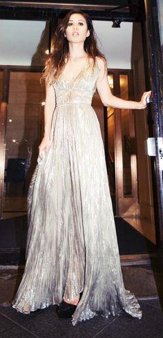 Gold pleated lamé gown / Oscar de la renta