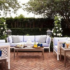 Gorgeous Ideas for Outdoor Dining!