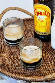 Easy White Russian Recipe! This Kahlua drink is so tasty and I will show you how to make this classic vodka cocktail. #ramshacklepantry #whiterussian #kahlua #vodkadrinks #coffee #easy #coffeedrink