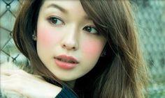 森絵梨佳 Beautiful Flowers, Beautiful People, Mori Fashion, Cute Beauty, Japanese Models, Miniture Things, Makeup Trends, Korean Beauty, Erika