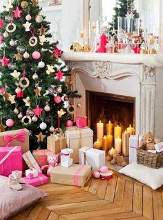 pink-christmas-decor-holiday-preppy-pretty.jpg6