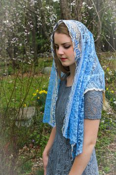 Your place to buy and sell all things handmade Catholic Veil, Mantilla Veil, Chapel Veil, Muslim Beauty, Daughters Of The King, Wedding Veils, Beauty Full Girl, Blue Lace, Most Beautiful Women