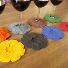 Morgan What a great idea! Felt leftover idea: Coasters that attach to your glass. Guests wont wonder which glass is theirs and you dont have to worry about coasters. Felt Crafts, Fabric Crafts, Sewing Crafts, Diy And Crafts, Arts And Crafts, Diy Projects To Try, Craft Projects, Sewing Projects, Craft Ideas