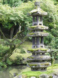 Kanazawa's garden and every other Japanese garden has the most beautiful pagoda lanterns.