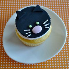 Kitty Cupcake! @Susan  Keller do you think Taylor and G would like these?