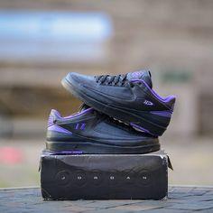 Mike Bibby Air Jordan 2 Low Sacramento Kings Away PE Air Jordan Sneakers, Jordans Sneakers, Air Jordans, Mike Bibby, Sacramento Kings, All Black Sneakers, Fashion, All Black Running Shoes, Moda