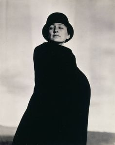 Photograph of the #famous #artist Georgia O'Keeffe who was a resident of the former Buckingham in #NewYork ... The Quin #hotel will honor the artist by creating a Georgia O'Keeffe #suite in #NYC #Manhattan #design #interiordesign #history