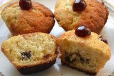 » Muffin con cioccolato bianco e amarene - Ricetta Muffin con cioccolato bianco e amarene di Misya