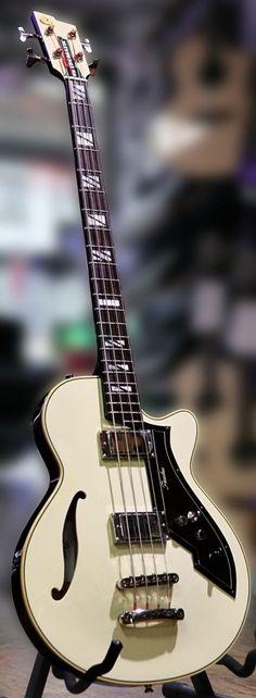 Peerless Guitars | Retromatic B1 and B2 Basses