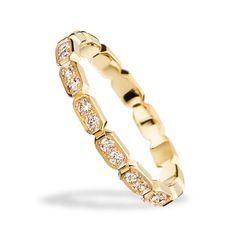 プルミエール プロメス リング - CHANEL(シャネル)の結婚指輪(マリッジリング)イエローゴールドのエンゲージリング・婚約指輪一覧❤ Engagement Rings Couple, Couple Rings, Jewelry Accessories, Women Jewelry, Thin Rings, Wedding Bands, Wedding Ring, Fashion Rings, Diamond Rings
