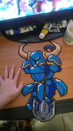 Shovel Knight perler beads by Limedragon. Hama beads, pixel art. https://www.facebook.com/LimeDragon-265058353677292/?ref=hl