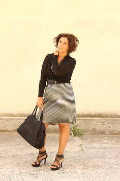 Curvy look ladylike Parisian style stripes