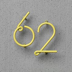 WIRE NUMBER by Kyuhyung Cho & Erik Olovsson is a numeral system for outdoor and indoor entrances. Inspired by the beauty of customized door numbers on old streets and downtown neon lights, WIRE NUMBER. Typography Letters, Typography Design, Hand Lettering, Logo Design, Creative Typography, Number Typography, Design Design, Design Ideas, Logo Typo