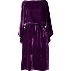 Ernst Reiko Purple 'Erika' Dress (27.030 RUB) ❤ liked on Polyvore featuring dresses, purple, purple velvet dress, kimono sleeve dress, velvet dress, purple day dress and purple dresses