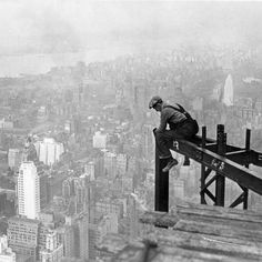 More than 7 million man hours were logged in the #EmpireStateBuildings construction between 1930 & 1931. #TBT  #TBT #history #construction #consructionlife #constructionworker #constructionworkers #weld #welder #welding #weldingporn #weldinglife #industrial #industrialsupply #Temecula #Beaumont #throwback #NewYork #contractor