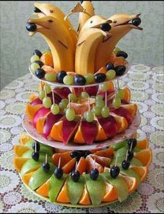 Best fruit vegetable veggie tray ideas for parties fun vegan food recipes Fruit Decorations, Food Decoration, Cute Food, Good Food, Yummy Food, Delicious Fruit, Fruit Recipes, Cooking Recipes, Cooking Tips