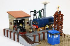 After LEGOWorld 2015 in Utrecht, The Netherlands was over, I took some of the parts of my layout and made them stand-alone. For the complete layout, mcdenbesten made some pictures: The Doctor visits a Victorian scrapyard Lego Doctor Who, Lego Tv, Lego Trains, Lego Modular, Lego Worlds, Lego News, Lego House, Train Layouts, Steam Engine